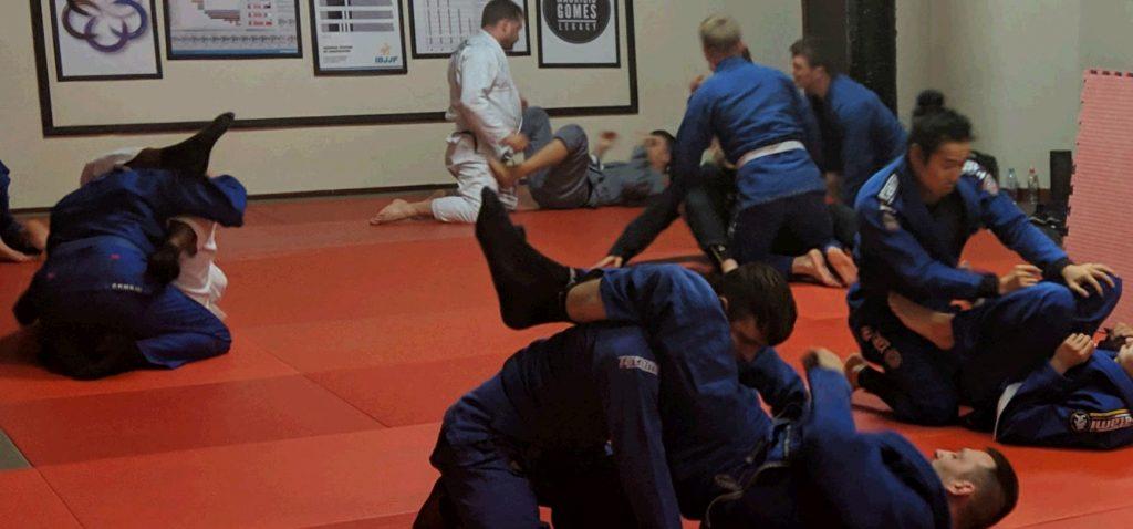 Triangle chokes in fundamentals BJJ in Mansfield